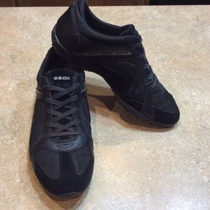 GEOX RESPIRA BLACK SPORT SHOES
